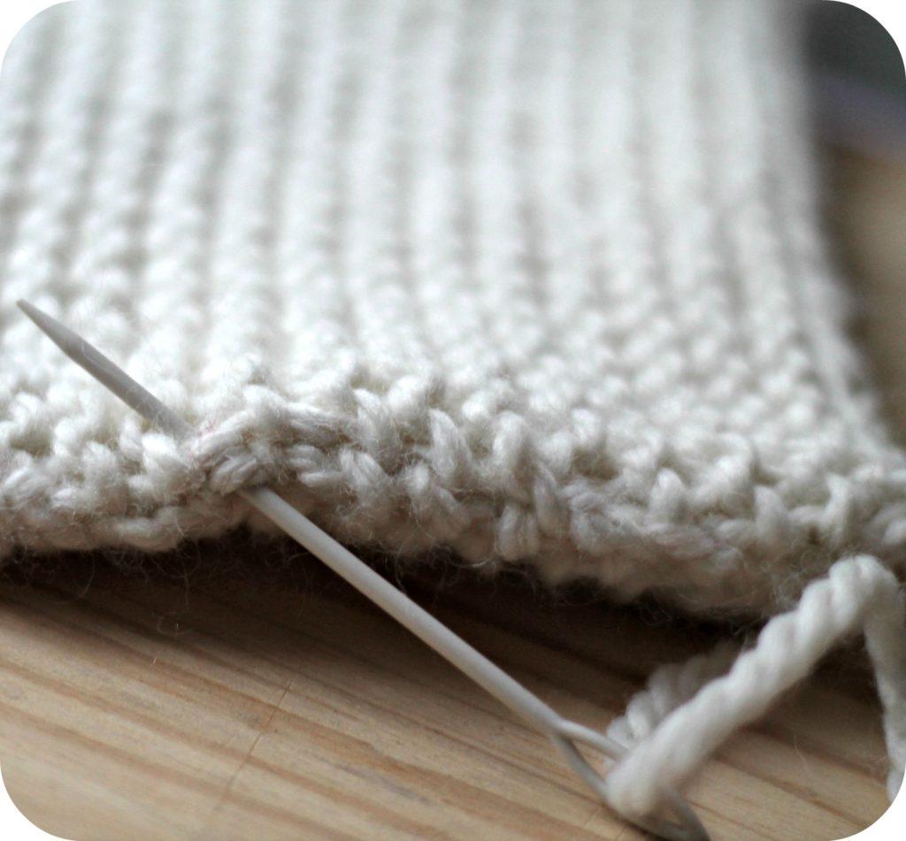 diy housse de bouillotte tricotée - the funky fresh project