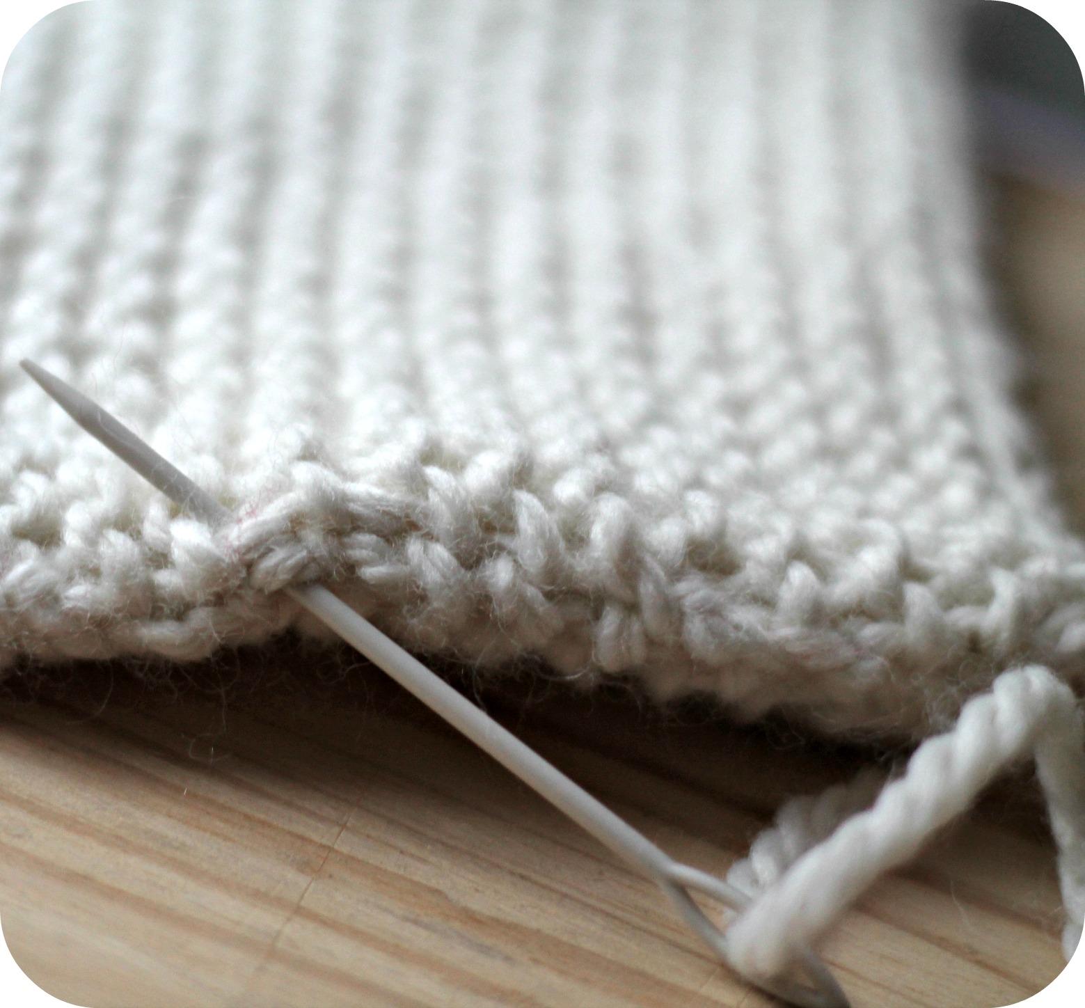Diy housse de bouillotte tricot e the funky fresh project for Housse bouillotte tricot