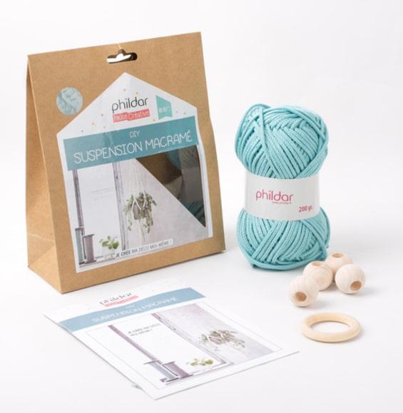 Kit DIY suspension en macramé aqua Phildar - The Funky Fresh Project